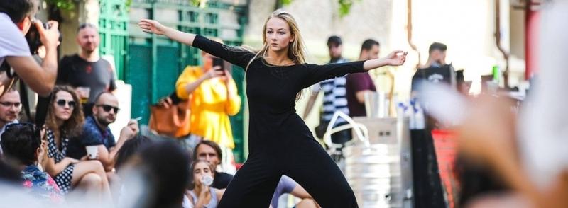 Despre dansul contemporan în Lockdown & Beyond. O discuție cu Oana Mureșan